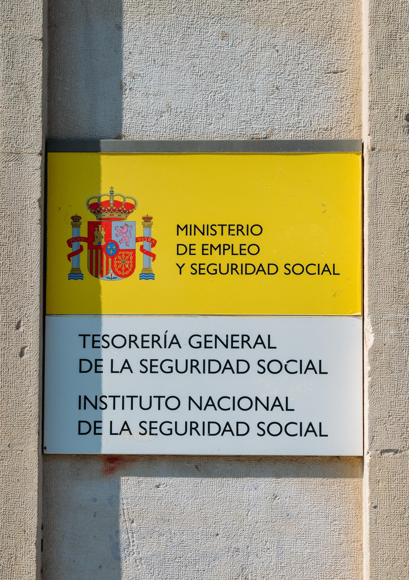 Letrero fachada de Tesorería de la Seguridad Social